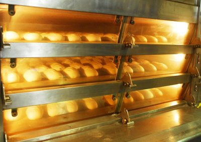 Le pain au naturel Bio four
